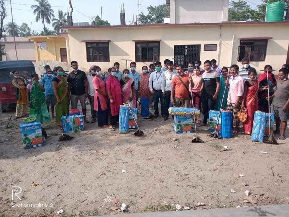 साना किसान सहकारीद्वारा कृषकहरुलाई कृषि औजार वितरण